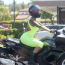 Blac Chyna and Amber Rose Riding Around in Los Angeles - May 28, 2015 - 454 x 303