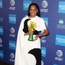 Regina King : 30th Annual Palm Springs International Film Festival Film Awards Gala - 409 x 600