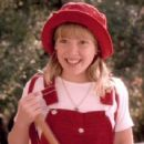Casper Meets Wendy - Hilary Duff - 454 x 341