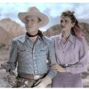 Gene Autry & Peggy Stewart - 441 x 369