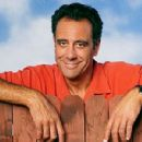 Brad Garrett As Robert Barone - 450 x 300