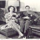 Elaine & John - 332 x 270