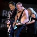 Def Leppard perform at the 2019 Rock & Roll Hall Of Fame Induction Ceremony - Show at Barclays Center on March 29, 2019 in New York City - 454 x 306