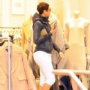 Nicole Murphy is spotted out shopping in Beverly Hills, California on January 9, 2017 - 420 x 600