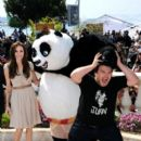 Angelina Jolie - Kung Fu Panda 2 Photocall - Cannes Film Festival (May 12, 2011) - 399 x 594