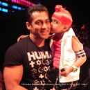 Salman Khan with his Cute Little Fans