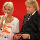Sarah Connor - Spendensendung Von ZDF Und BILD-Zeitung 2010-01-19 - 454 x 295