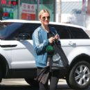 Ashlee Simpson in Tights out in LA - 454 x 674