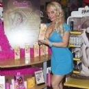 Nicole Coco Austin Promote New Collection In Las Vegas