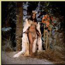 Prehistoric Women - 454 x 451