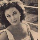 Susan Hayward - Movie Pix Magazine Pictorial [United States] (June 1954) - 454 x 624