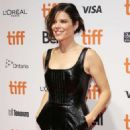 Neve Campbell – 'Castle In The Ground' Premiere – Toronto International Film Festival 2019 - 454 x 681