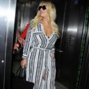Jessica Simpson is seen as she arrives to Los Angeles Int'l Airport from NYC Friday September 11,2015 - 411 x 600
