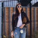 Jessica Gomes – Arriving at a friend's Memorial Day barbecue in LA - 454 x 557