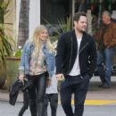 Hilary Duff Out for a Sushi Dinner in Beverly Hills - 454 x 581