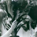 Julie Christie and Warren Beatty - 454 x 308