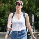 Sarah Silverman – Out for a stroll in New York