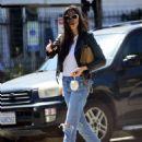 Jessica Gomes – Arriving at a friend's Memorial Day barbecue in LA - 454 x 590