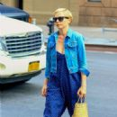 Michelle Williams – Out and about in New York - 454 x 681