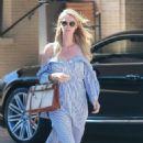 Nicky Hilton exits Barney's New York - 454 x 740