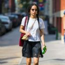 Zoe Kravitz – Out and about in New York City - 454 x 681