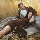Armie Hammer and Elizabeth Chambers - 454 x 341