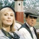 Bonnie and Clyde - Faye Dunaway, Warren Beatty - 454 x 358