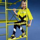 Cara Delevingne – Puma Muse Cut-out Sneaker 2018 Campaign - 454 x 303