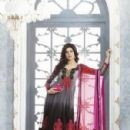 Actress Sushmita Sen new pictures for Salwar kameez - 299 x 427