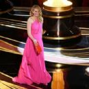 Julia Roberts At The 91st Annual Academy Awards - Show - 454 x 303