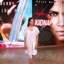 Halle Berry on Despierta America in New York - 454 x 554