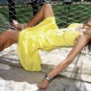 Saadet Aksoy - Elele Magazine Pictorial [Turkey] (October 2005)