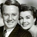 Esther Williams and Van Johnson - 454 x 284