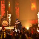 Enrique Iglesias- Univision's 13th Edition Of Premios Juventud Youth Awards - Show - 454 x 303
