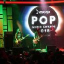 Alice Cooper performs onstage during the 2018 ASCAP Pop Music Awards on April 23, 2018 in Beverly Hills, California - 454 x 303