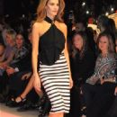 Tülin Sahin : adL - Cengiz Abazoglu Fashion Show - 454 x 683