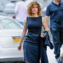 Jennifer Lopez – On the set of 'Shades of Blue' in New York - 454 x 696