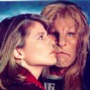 Linda Hamilton as Asst. Dist. Atty. Catherine Chandler is a character played by in Beauty and the Beast (1987) - 454 x 355
