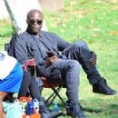 Seal is seen watching his kids Leni, Henry and Johan play soccer in Brentwood, California on January 31, 2015 - 454 x 516