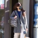 Katie Holmes – Seen running errands in Manhattan