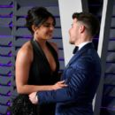 Priyanka Chopra and Nick Jonas : 2019 Vanity Fair Oscar Party - 400 x 600