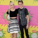 Cameron Boyce and Peyton List - 412 x 594