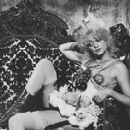 Goldie Hawn - 378 x 282