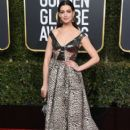 Anne Hathaway : 76th Annual Golden Globe Awards - 406 x 600
