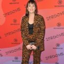 Elizabeth Henstridge – Refinery29's 29rooms Los Angeles 2018: Expand Your Reality photocall - 454 x 658