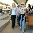 Holly Madison - Los Angeles Candids, 22.10.2008.