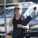 Heather Graham – Going to a yoga class in Los Angeles - 454 x 580