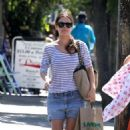 Rachel Bilson: enjoying a stroll in the Los Feliz