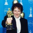 Geoffrey Rush At The 69th Annual Academy Awards (1997) - 340 x 425