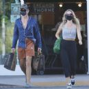 Annabelle Wallis and Chris Pine – Shopping in Los Angeles - 454 x 448